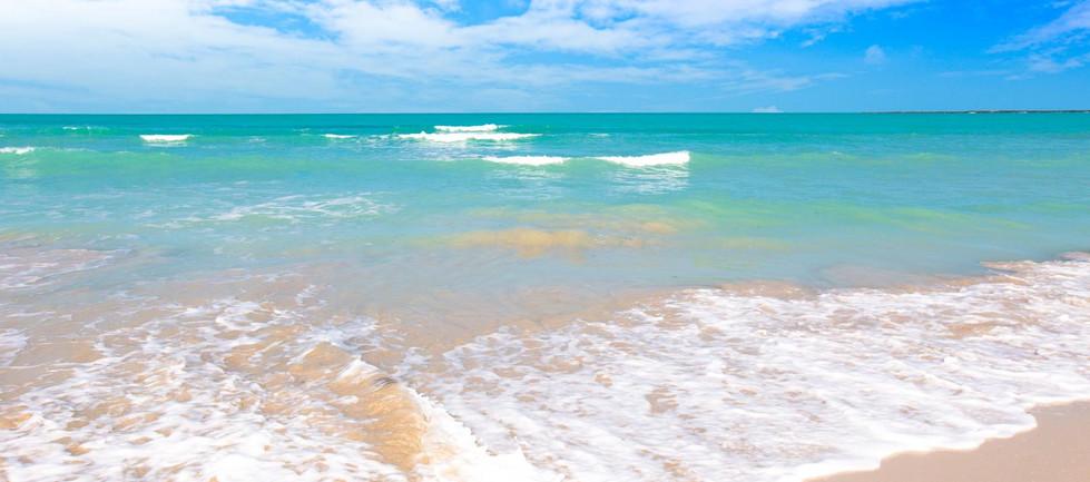al-jurf  private beach