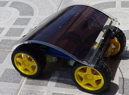 robot solar.jpg
