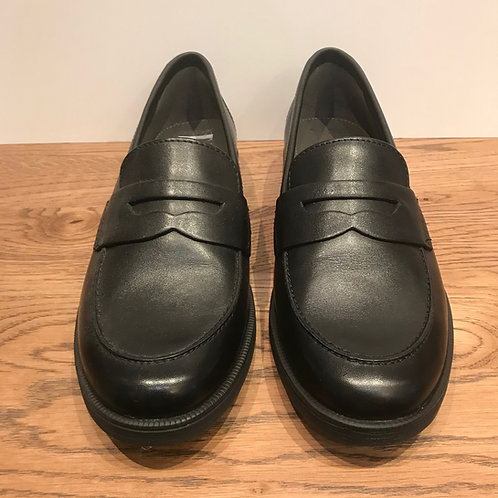 Geox: Agata - Leather Loafer