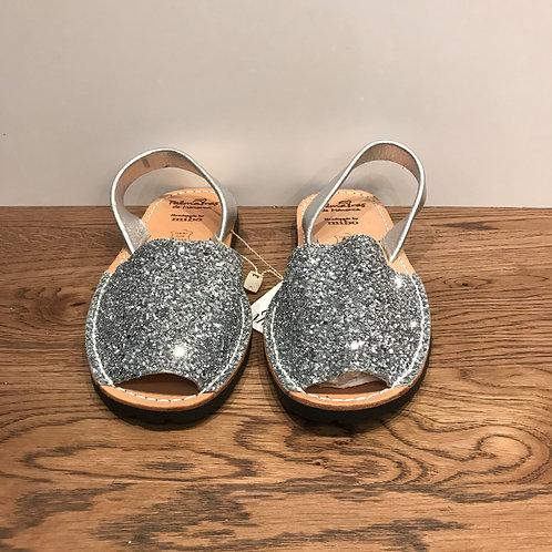 Palmaira: Silver Glitter
