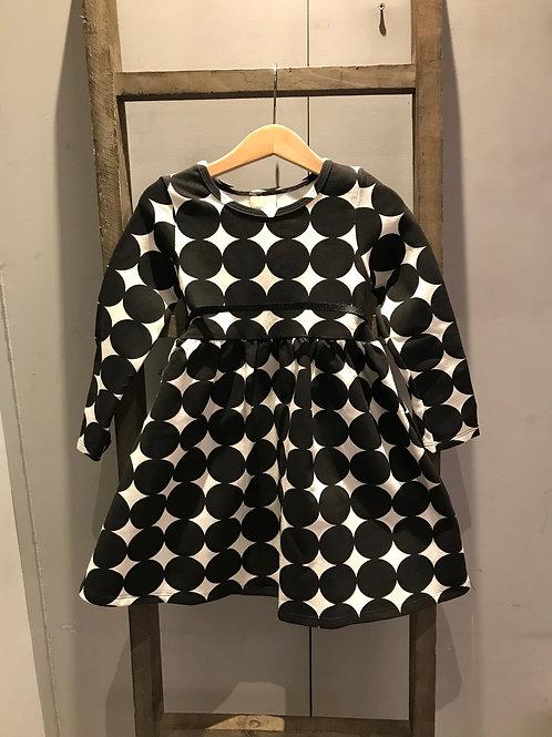 Mihlon: Spot - Black Dress