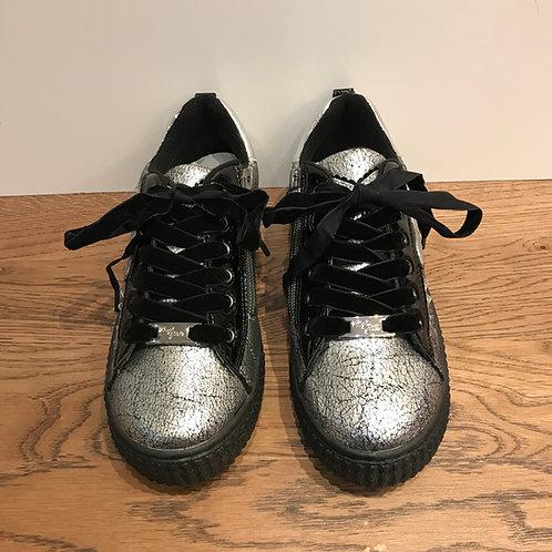 Primigi: Black Lace - Silver Shoes