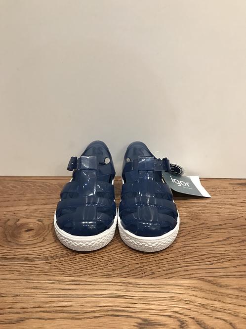 Igor: S10107-083 - Blue