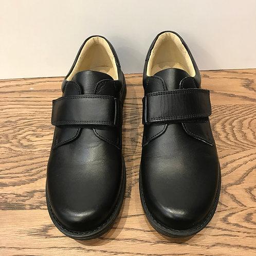 Petasil: Mario - Black Leather