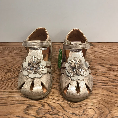 Froddo: Gold Closed Toe Sandals