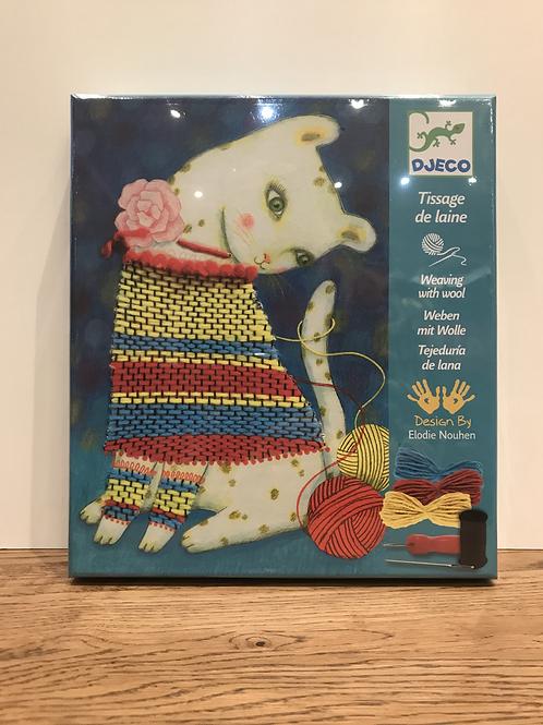 DJECO: Weaving with Wool