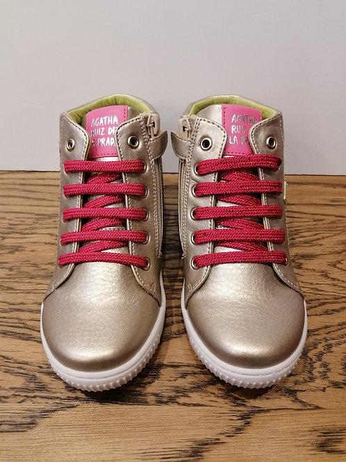 Agatha: Gold Boots 211941