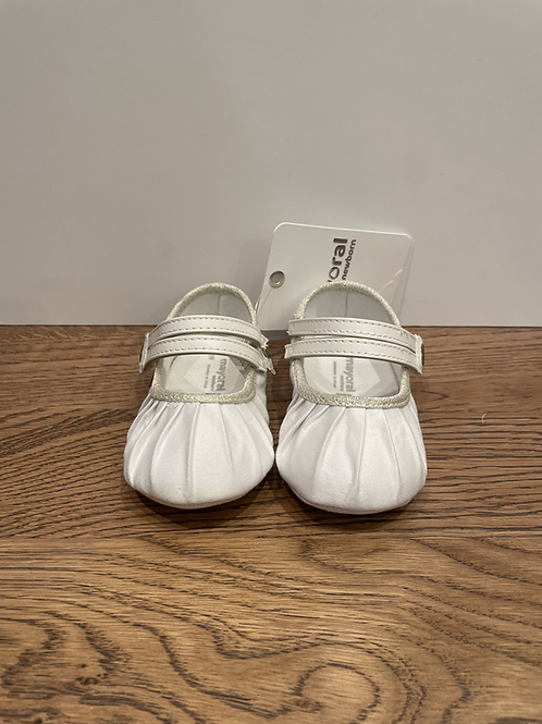 Mayoral Booties: 9069 - Ivory