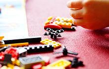 Child-playing-lego-blocks 1000.jpg