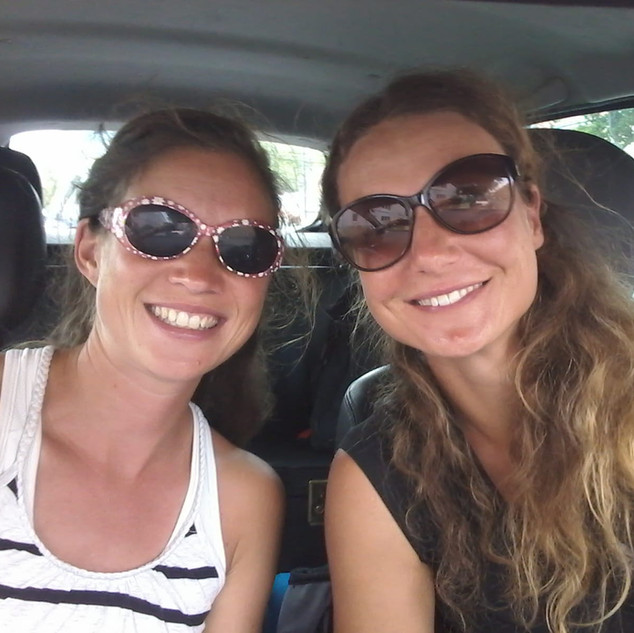 Sandra und Nadine Ergotherapie sensorisc