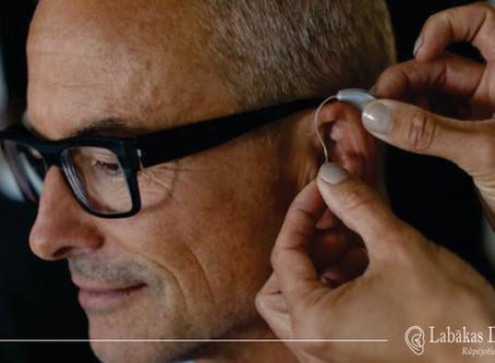 Ношение слуховых аппаратов требует адаптации и привыкания