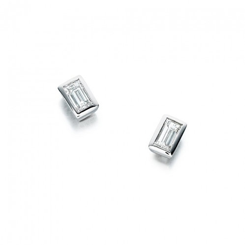 Baguette Diamond Stud Earrings 0.70 Cts Platinum