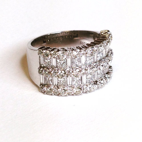 Broad Diamond Ring 3.40Cts 18ct white gold
