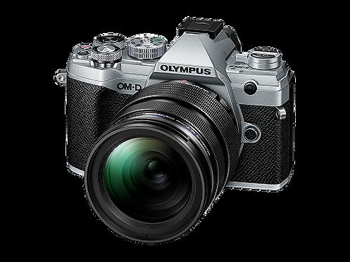 Olympus OM-D E-M5 Mark III + 12‑40MM F2.8 PRO