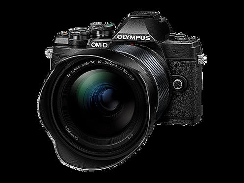 Olympus E‑M10 Mark III + 12‑200MM F3.5‑6.3