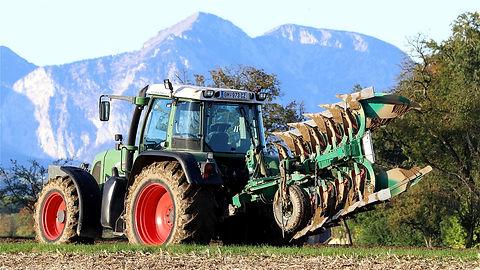 plough-4550224_1280.jpg