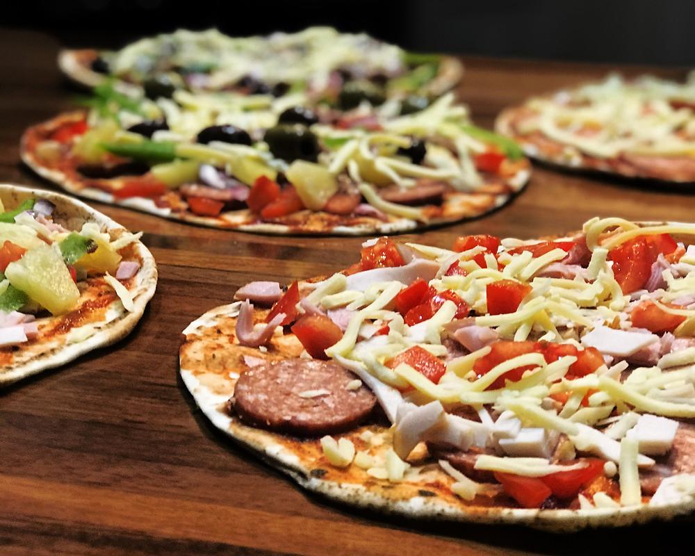 Pita pantry pizzas