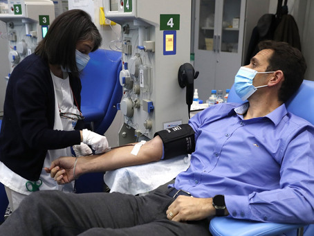 A Study says plasma infusions, administered early, can keep older patients from many severe effects.