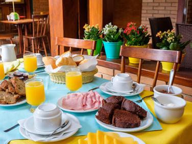 café manhã pousada don diego ubatuba 9