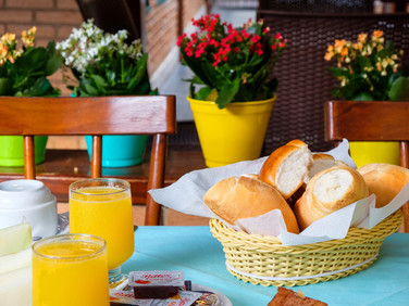 café manhã pousada don diego ubatuba 6