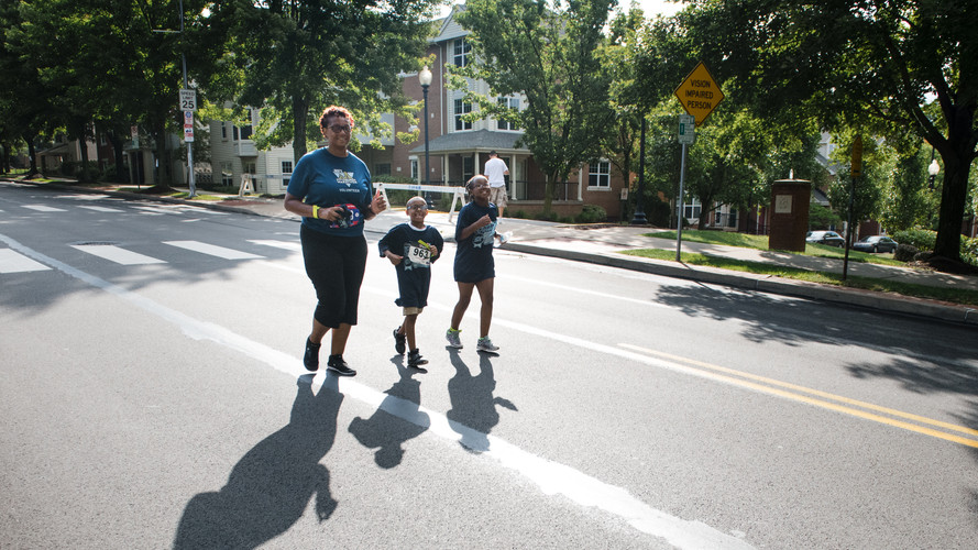 Uphill 5K -- family on course.jpg