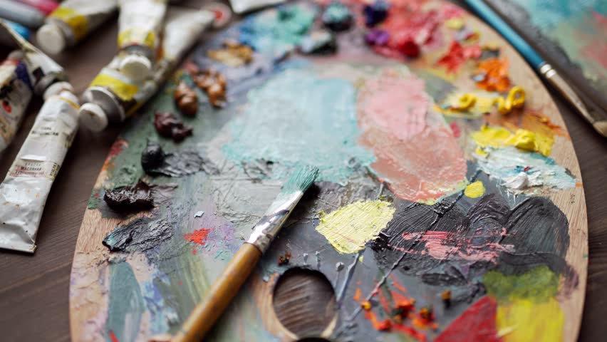 paints hands.jpg