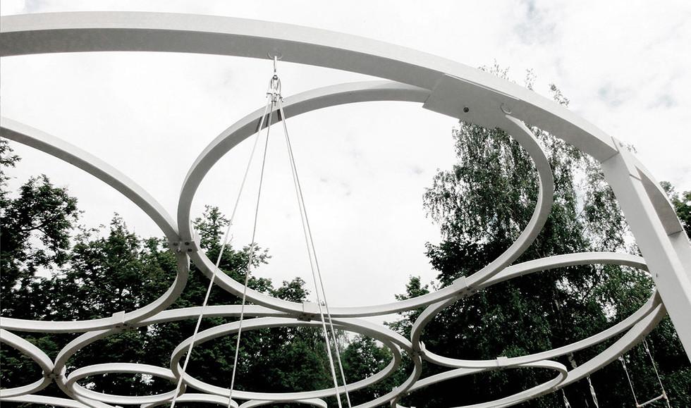 Upper rings detail