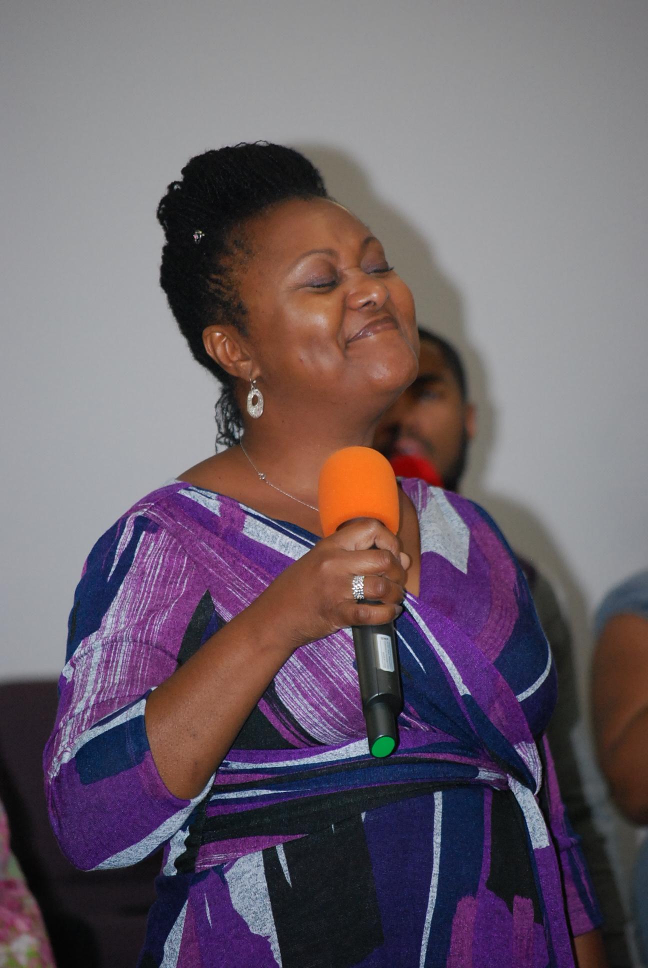 Minister Norwood Singing