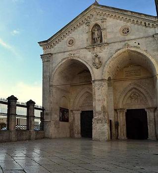 monte-sant-angelo-chiesa.jpg