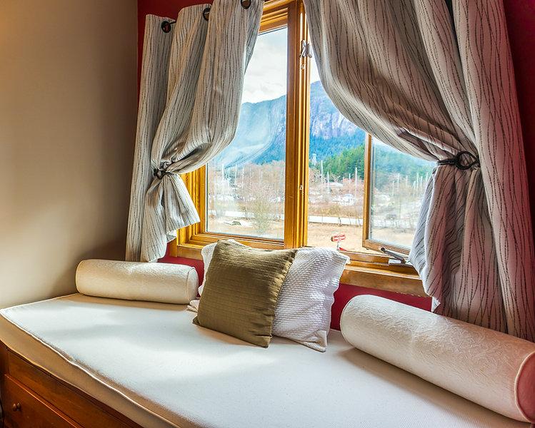 Howe Sound Inn-Chief View Room.jpg