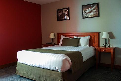 Howe Sound Inn-29.jpg