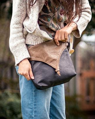Brown-Bags-mamiemdMossIsabelclose-nice.jpg
