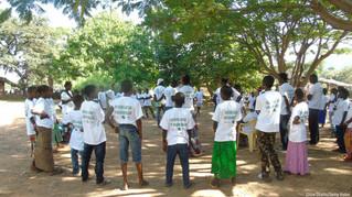Un centenar de niños y niñas disfrutan de los campamentos educativos del IJG en Senegal