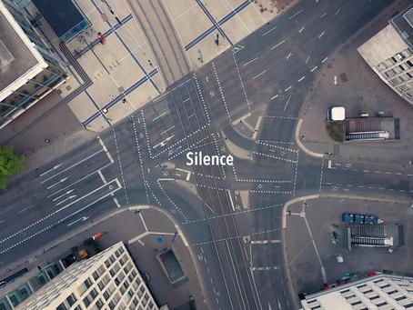 Raumfluege ... durch die Stille.