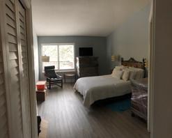Bedroom walls & trim: Before