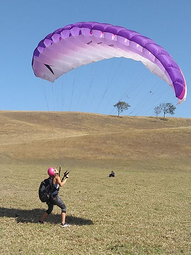 learn to paraglide queensland australia