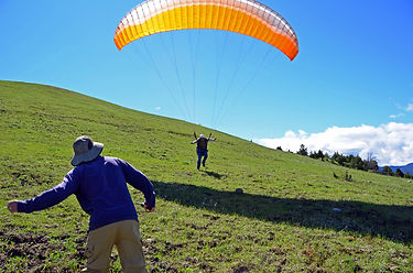 learn to paraglide gold coast australia