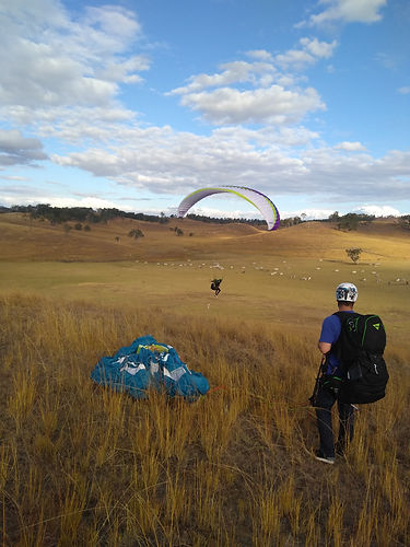 learn to paraglide brisbane australia
