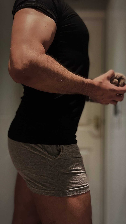 Athletic Gay Male Massage Woking Surrey .jpg