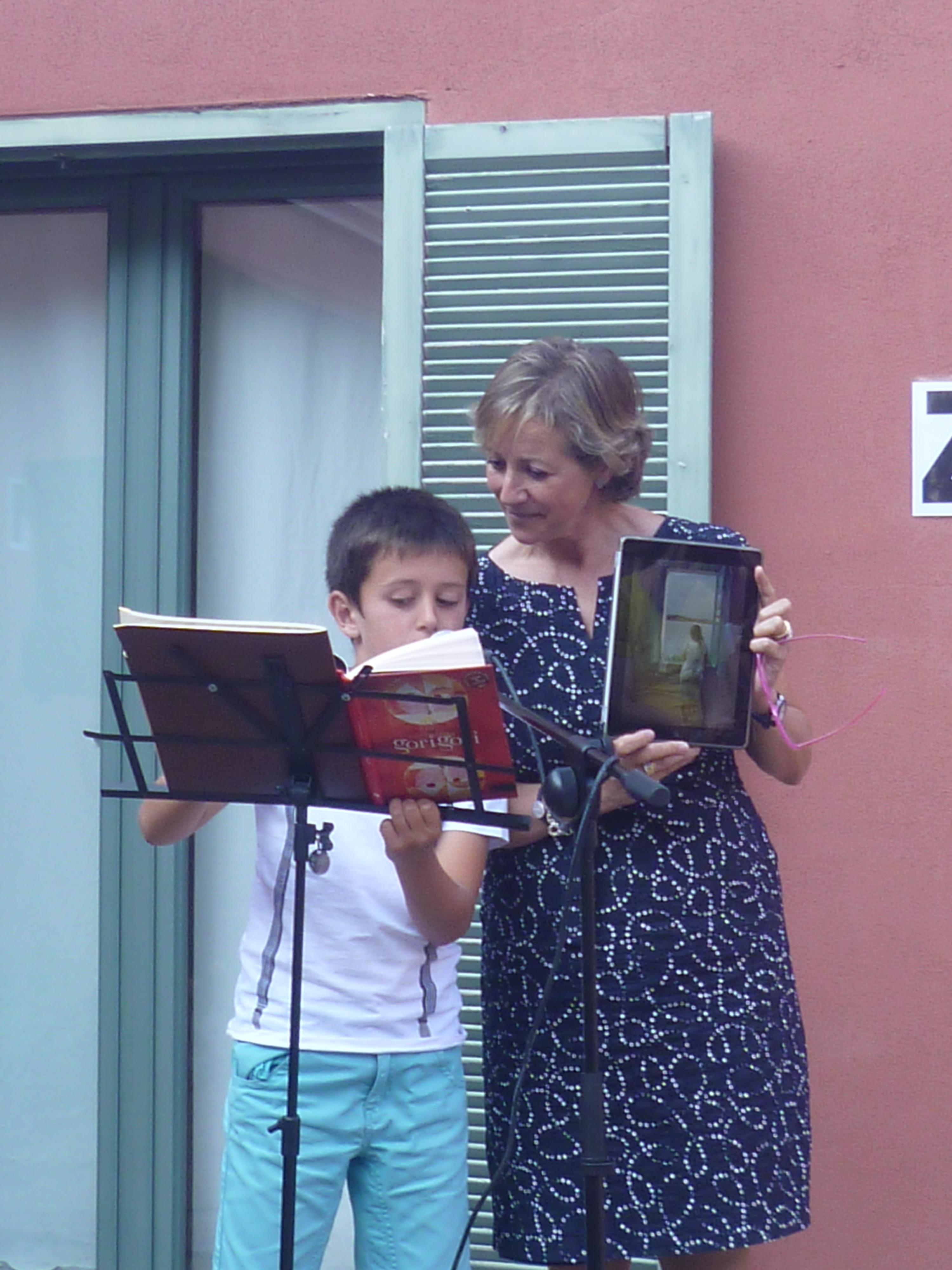 Mª José Jabato y su ayudante