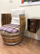 Small Makar, Whisky barrel chair.