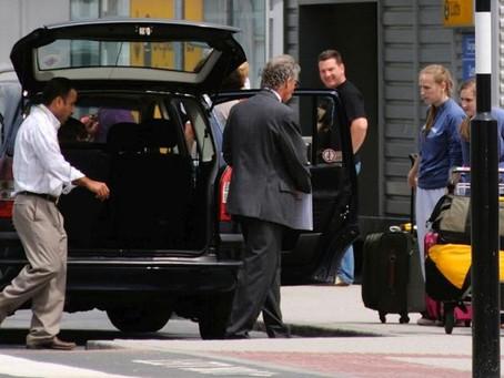 Heathrow Taxi or Heathrow Minicab ?