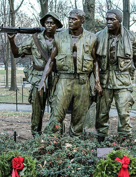 vietnam-soldiers-memorial-232532_1280.jp