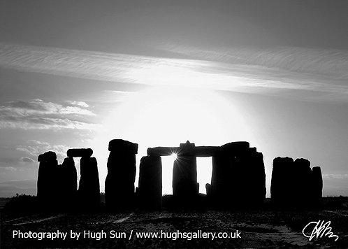 SH2-Stonehenge (B/W)