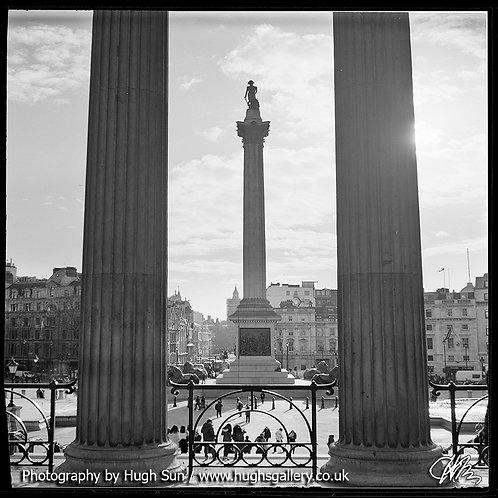 TS16-Trafalgar Square (B/W)