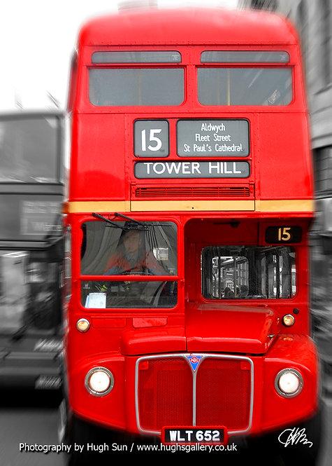 LB1-London Bus (B/W-R)