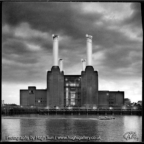 BS3-Battersea Power Station (B/W)
