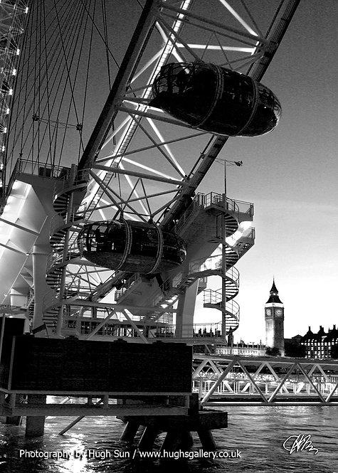 LE7-London Eye (B/W)