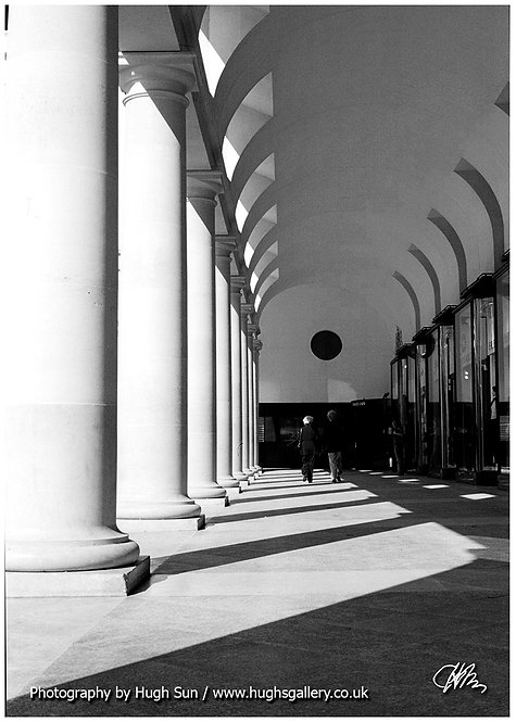 RO1-Royal Opera House (B/W)