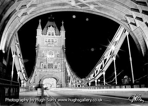 TB1-Tower Bridge (B/W)